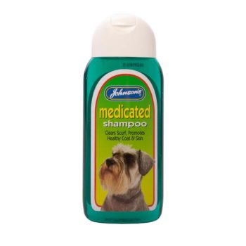 Johnsons Medicated Shampoo for Dogs