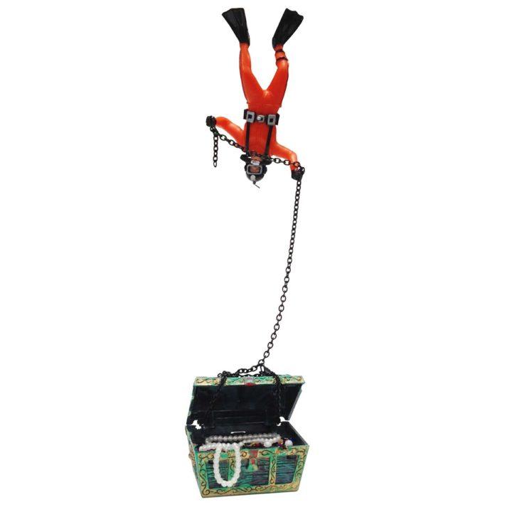 Action-Air Diver & Treasure Chest Aquarium Ornament